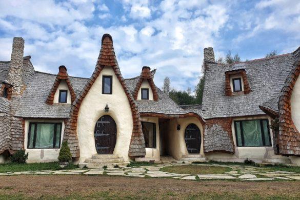 Castelul de Lut Valea Zânelor. Un loc de poveste și plin de magie.