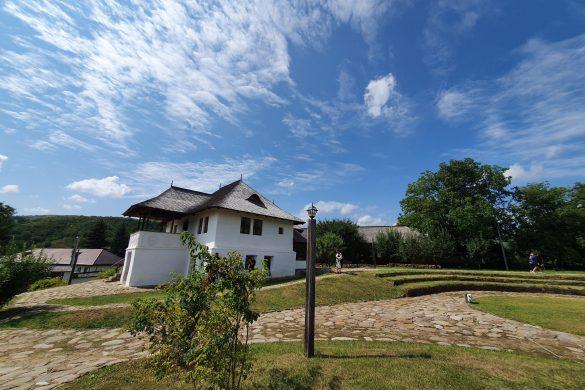 Plaiul Bâscilor – un nou concept turistic în județul Buzău